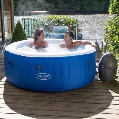 Die besten 7 aufblasbaren Jacuzzi-Pools